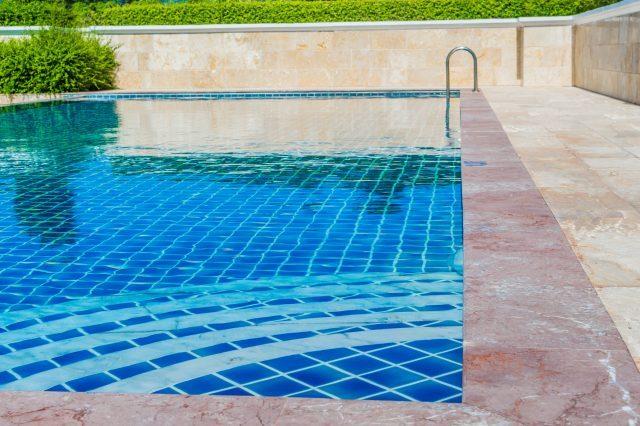 La construcción de una piscina en la Comunidad de Propietarios